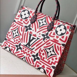 Louis Vuitton crafty onthego cream red